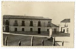 Portillo de Toledo. Casa Ayuntamiento. 1960 (P-746)