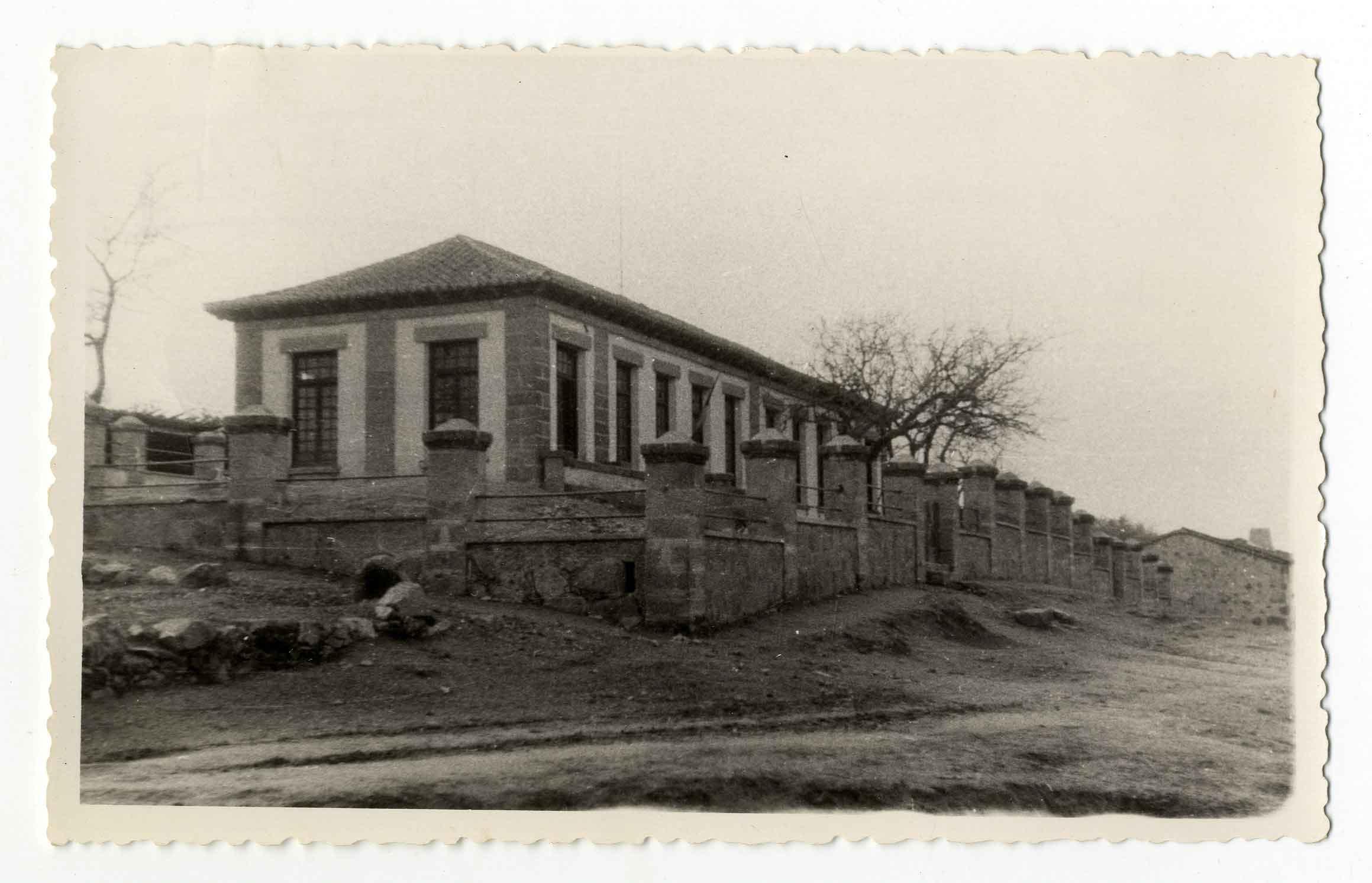 Montesclaros. Escuelas. 1959 (P-554)