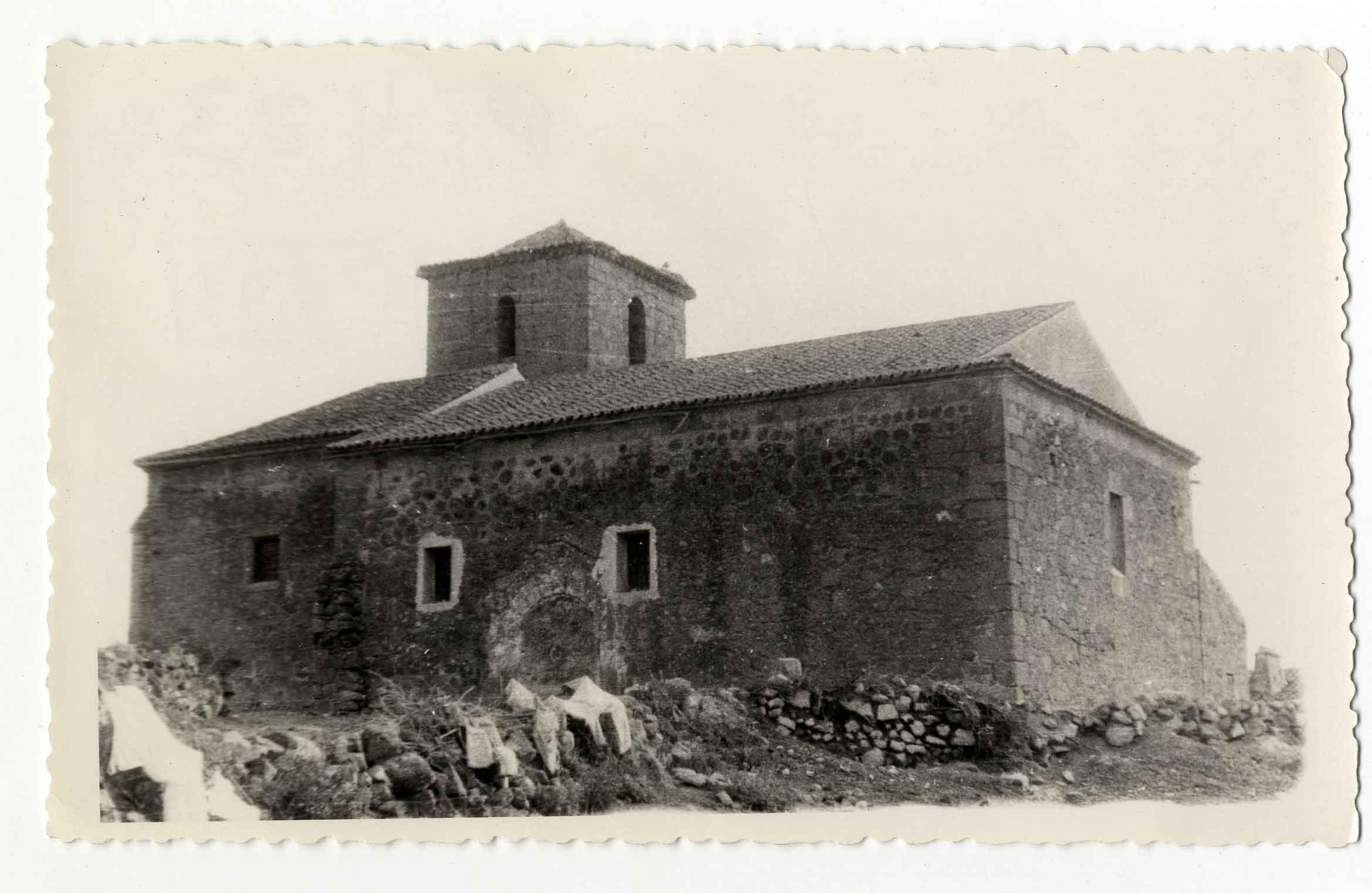 Montesclaros. Iglesia N. S. de los Remedios. 1959 (P-547)