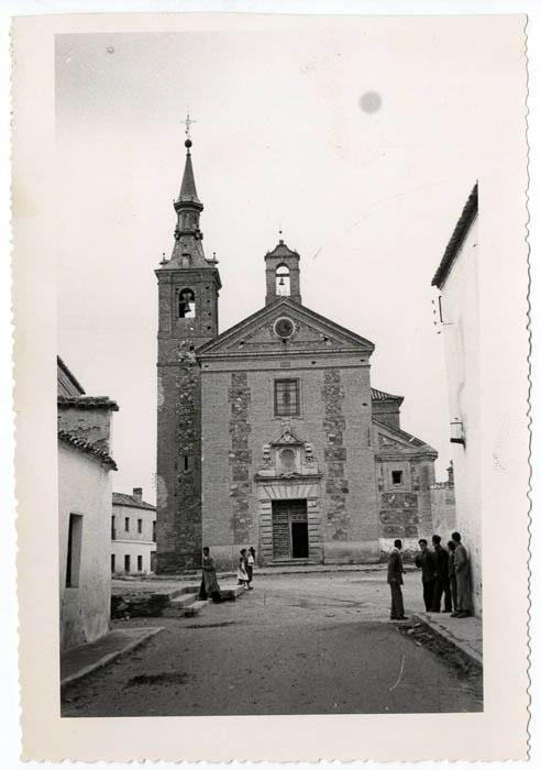 Burguillos de Toledo. Iglesia S. María Magdalena.1958 (P-43)