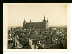 zi.-Vista del Alcázar desde la torre de la Catedral