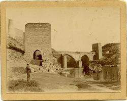 j.-Puente de San Martín (Baño de la Cava)