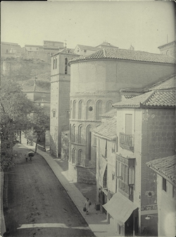 e.-C/Real del Arrabal e Iglesia de Santiago