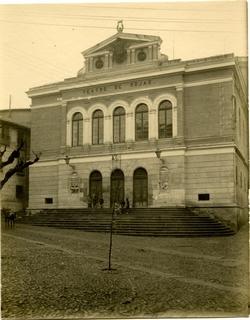 ñ.-Teatro de Rojas