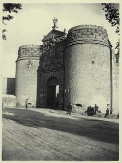 c.-Puerta Nueva de Bisagra