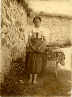 u.-Retrato de una mujer