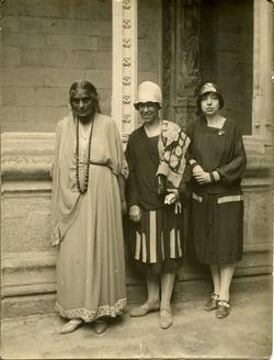y.-Deleg. de la Fed. Intern. de Mujeres Universitarias-1928-