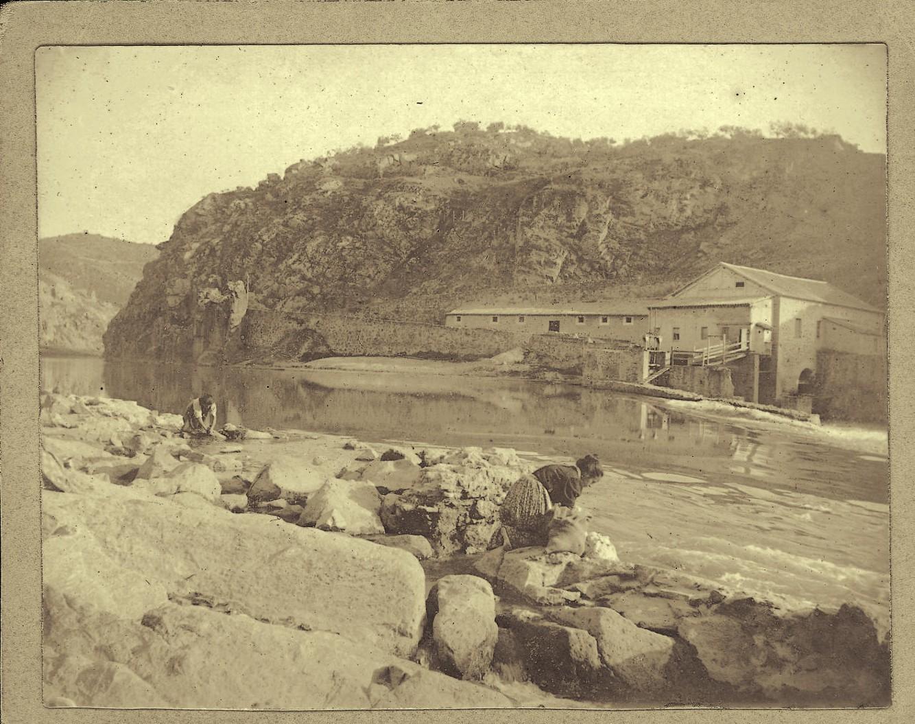 d.-Lavanderas en el río Tajo