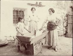 k.-Mujeres panaderas