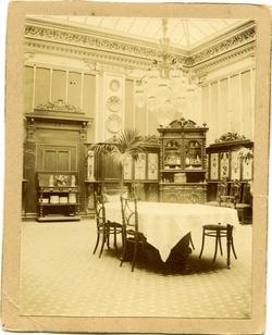 l.-Comedor del Palacio Arzobispal