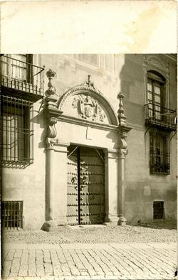 z.-Portada en la Plaza de San Vicente