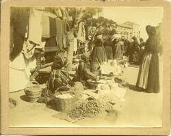 ñ.-Mercado del Martes