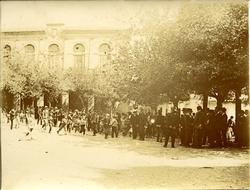 w.-Plaza Mayor: Fiesta en Alcaraz (Albacete)