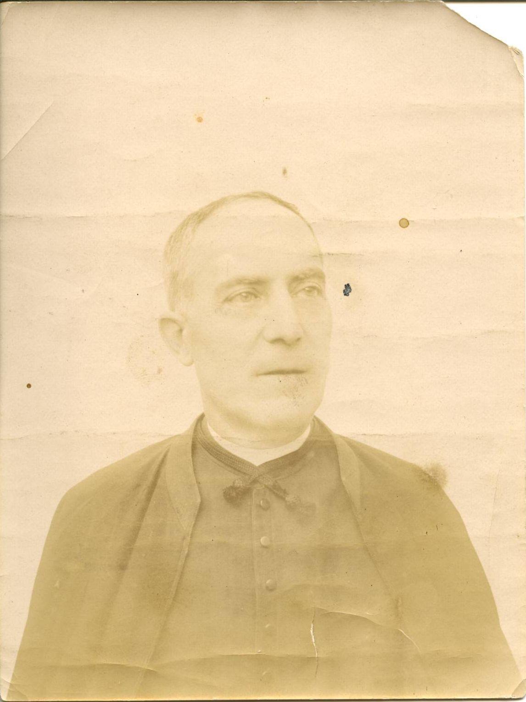 f.-José Antonio Román González, tio del pintor