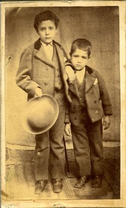 i.-José Joaquín y Marcelino, hermanos del pintor*