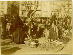 l.-Mercado del Martes. Mujeres bargueñas