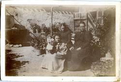 w.-Familia de Cecilia García Pardo*