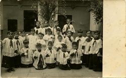 x.-Su hijo Pedro en el Colegio de la Inmaculada Concepción