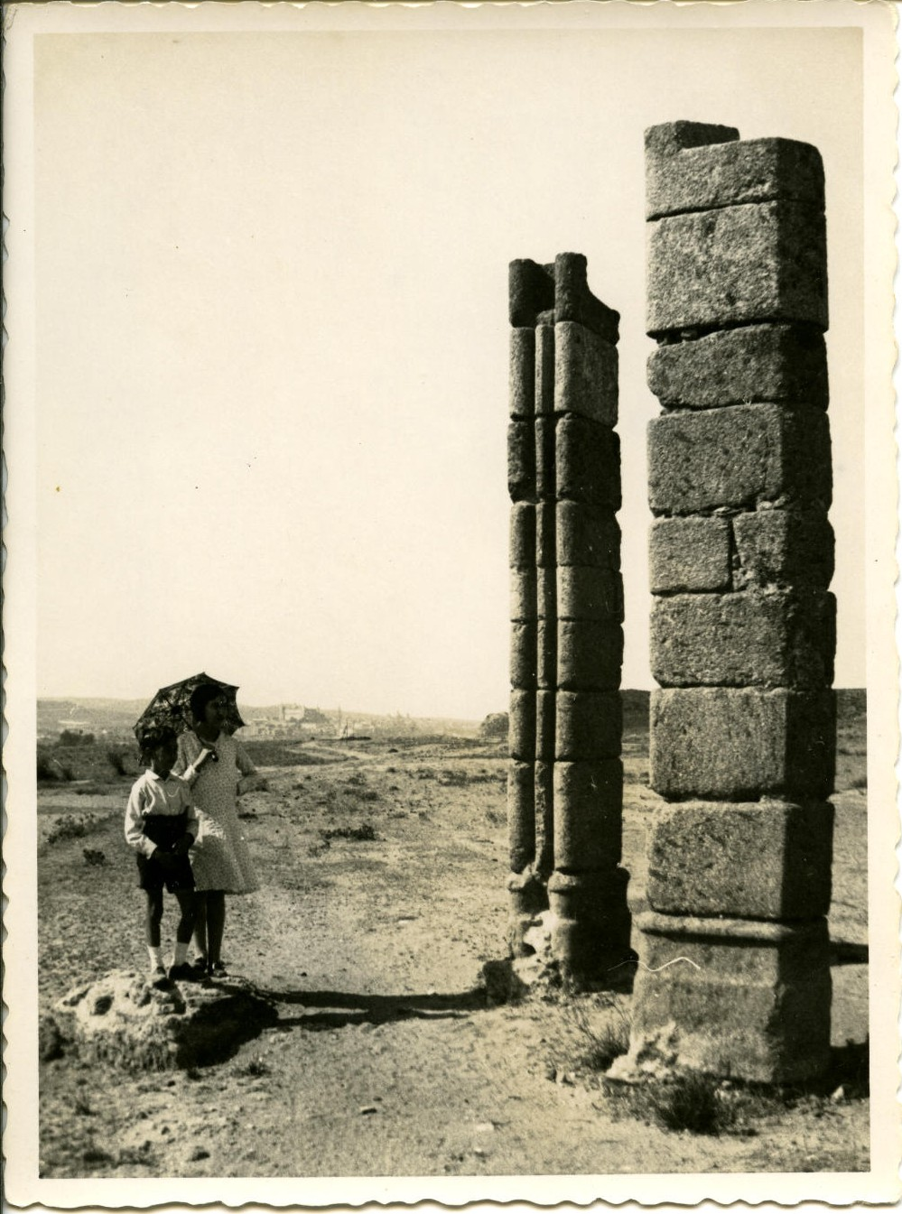 i.-Los hijos del pintor a la entrada de Azucaica (Toledo)