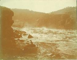 d.-Crecida del río en el Molino de Santa Ana. Año 1910