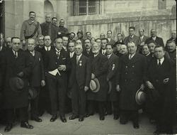 a.-Imposición de la Medalla del Trabajo (05-03-1931)