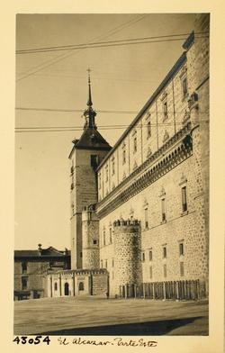 43054-Fachada este del Alcázar