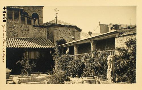 43065-Rincón del jardín y Casa de El Greco