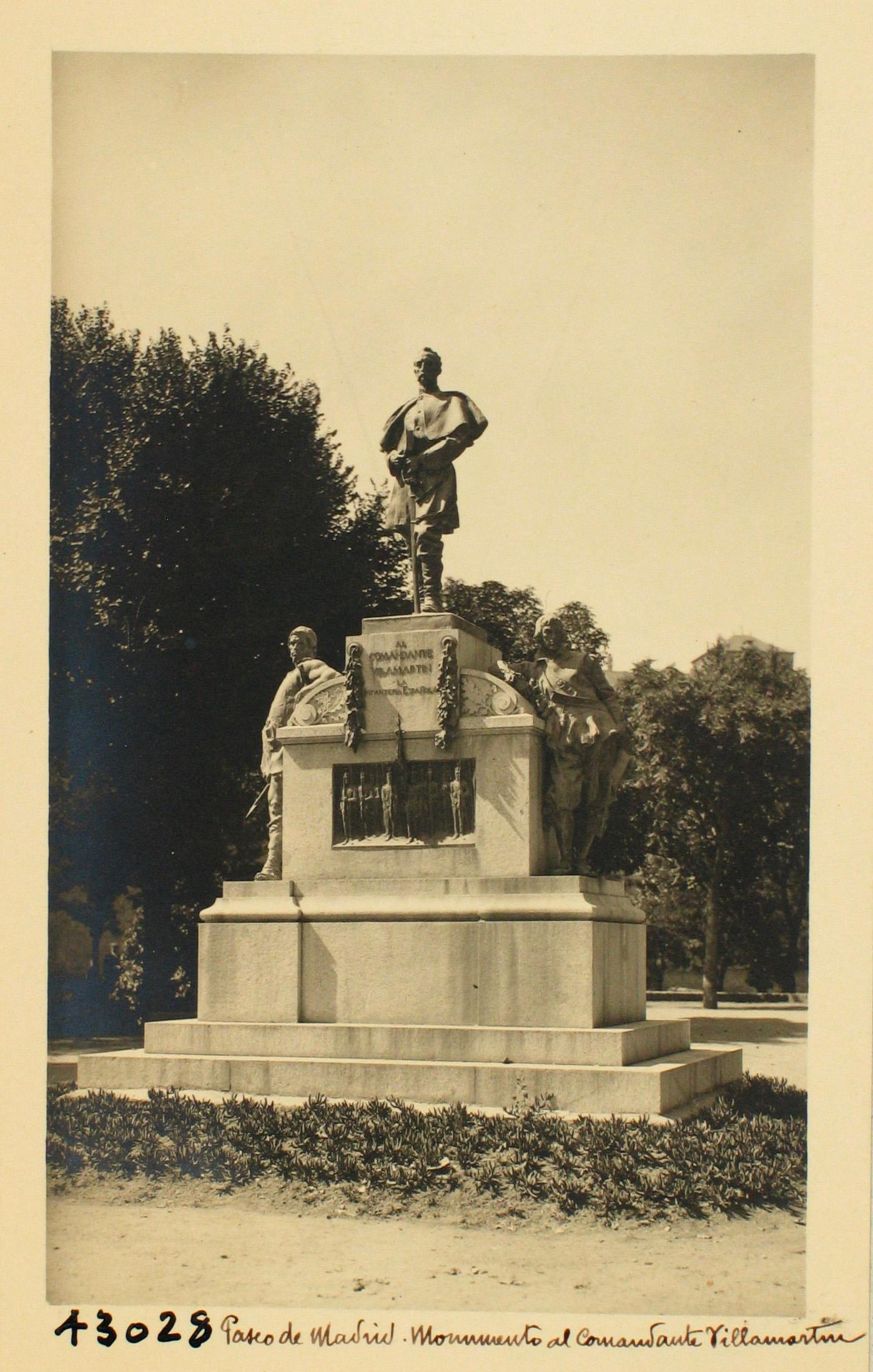 43028-Monumento al Comandante Villamartín en el Pº Merchán