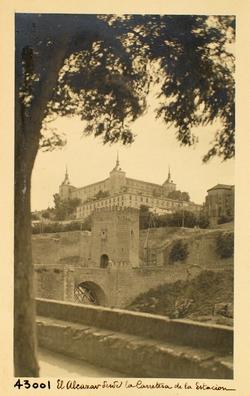 43001-El Alcázar desde la carretera de la estación