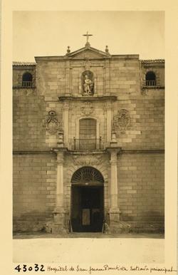 H.T.43032-Hospital de Tavera. Portada principal