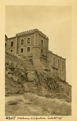 43017-Hospital de Santiago sobre la Ronda de Cabestreros