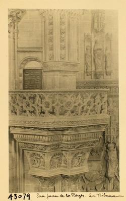 43079-Interior de la iglesia. Tribuna lateral