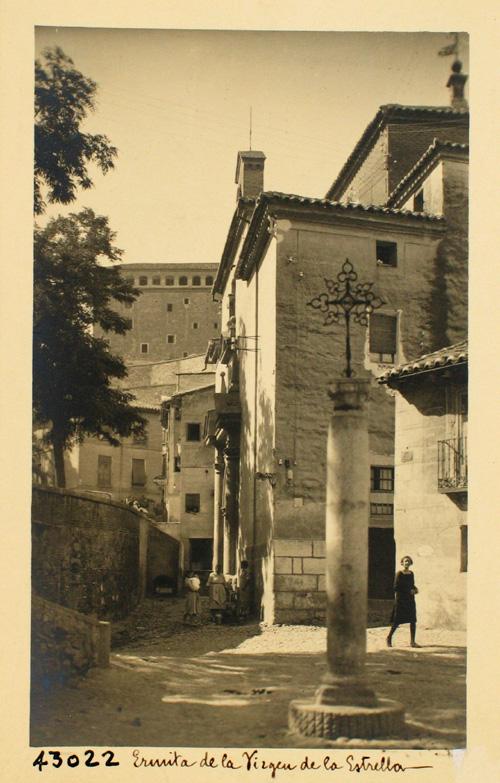 43022- Ermita y plaza de la Virgen de la Estrella