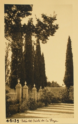 43139-Patio y jardín del Cristo de la Vega