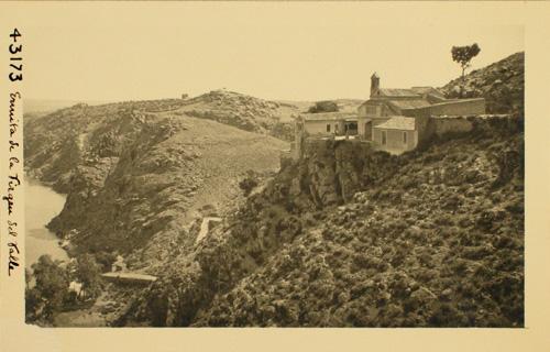 43173- Ermita de la Virgen del Valle y Cerro del Bu