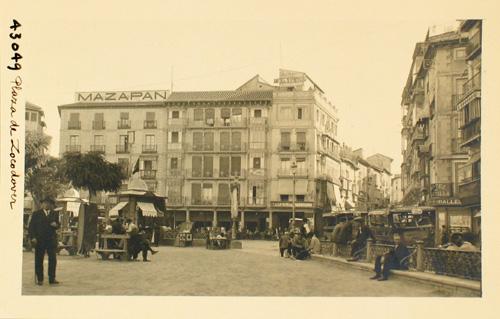 43049-Plaza de Zocodover y comienzo de la C/ del Comercio