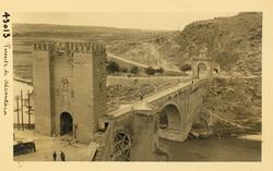 43013- Puente de Alcántara desde el paseo del Carmen