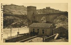 43084-Central eléctrica Santa Ana y vista parcial del Puente