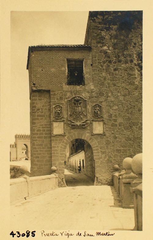 43085-Puerta E del Puente de S. Martín de acceso a la ciudad