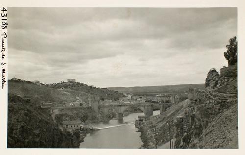 43188-Puente de San Martín desde la Roca Tarpeya