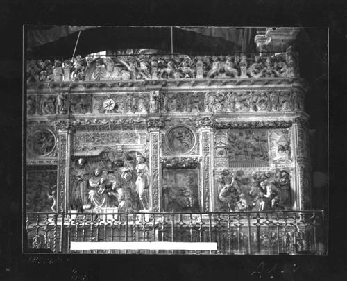 A1-8 Catedral. Detalle de los relieves del trascoro
