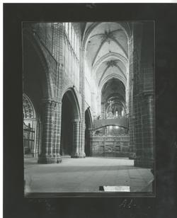 A1-12 Catedral. Nave central desde los pies del templo