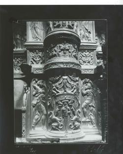 A1-14 Catedral. Detalle ampliado del coro renacentista