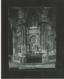 A1-16  Catedral. Sepulcro del Tostado