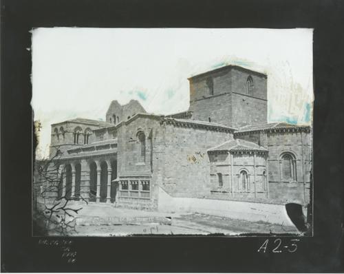 A2-3 Iglesia de San Vicente. Crucero, ábsides y claustro
