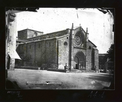 A4-1 Iglesia de San Pedro. Exterior y fachada principal