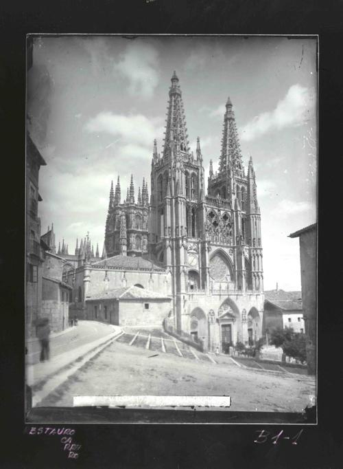 B1-1 Catedral. Fachada principal