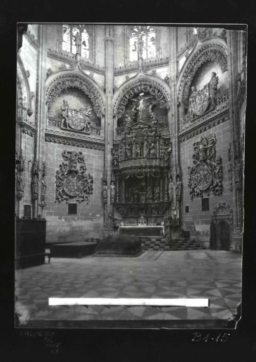 B1-15 Catedral. Retablo de la Capilla del Condestable