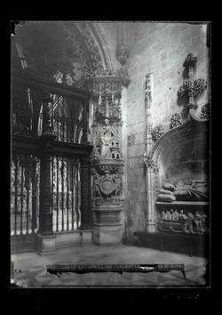 B1-17 Catedral. Ángulo interior de la Capilla del Condestabl