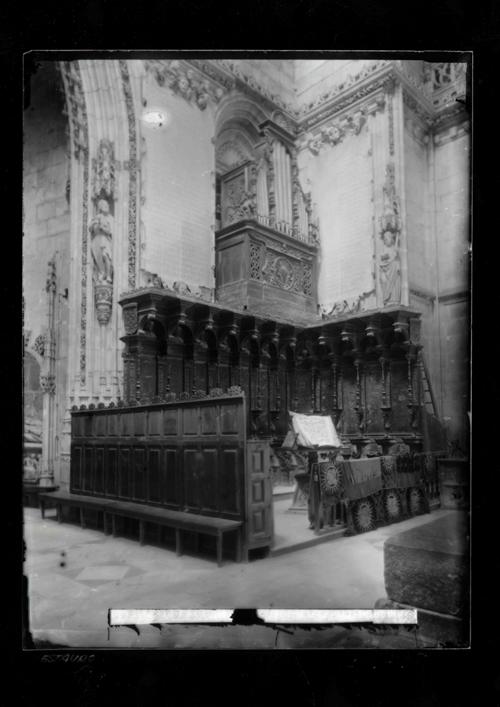 B1-18 Catedral. Coro de la Capilla del Condestable